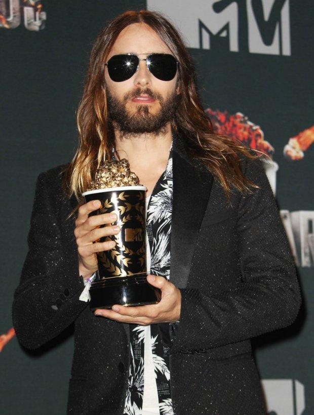 jared-leto-mtv-movie-awards-2014-press-room-01