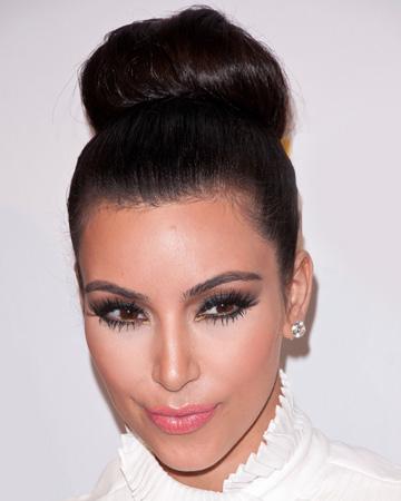 kim-kardashian-sock-bun