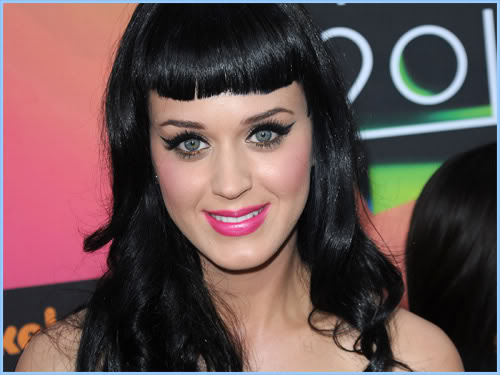 katy-perry-bettie-page-bangs
