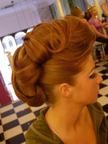 retro-hairstyle--large-msg-136320514774