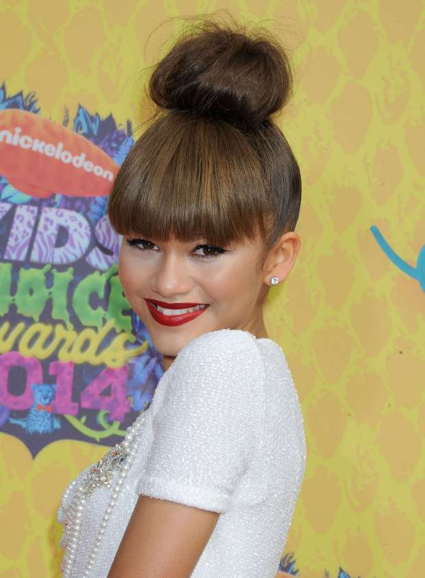 Zendaya-Coleman-at-Nickelodeons-Kids-Choice-Awards-2014--02