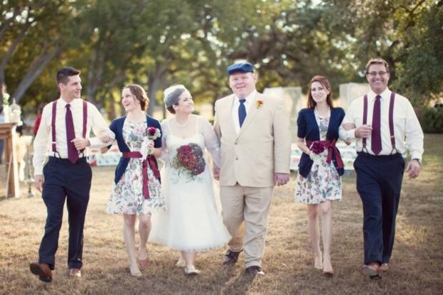 DIY-Vintage-Barn-Wedding_019