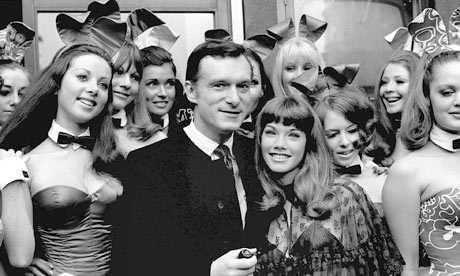 Hugh-Hefner-surrounded-by-006