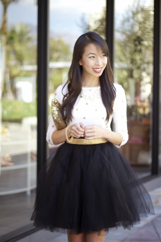connnietang-old-navy-sequin-polka-dot-top-tulle-skirt-red-strappy-hells2