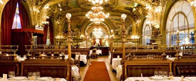 Time traveler crown life magazine - Restaurant le paris lutetia ...
